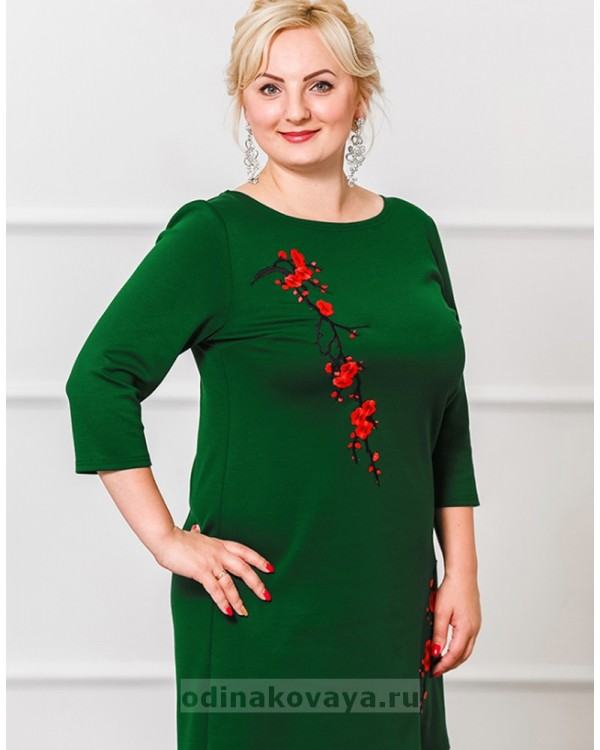 Трикотажное платье Сакура PLUS М-297 цвет зеленый