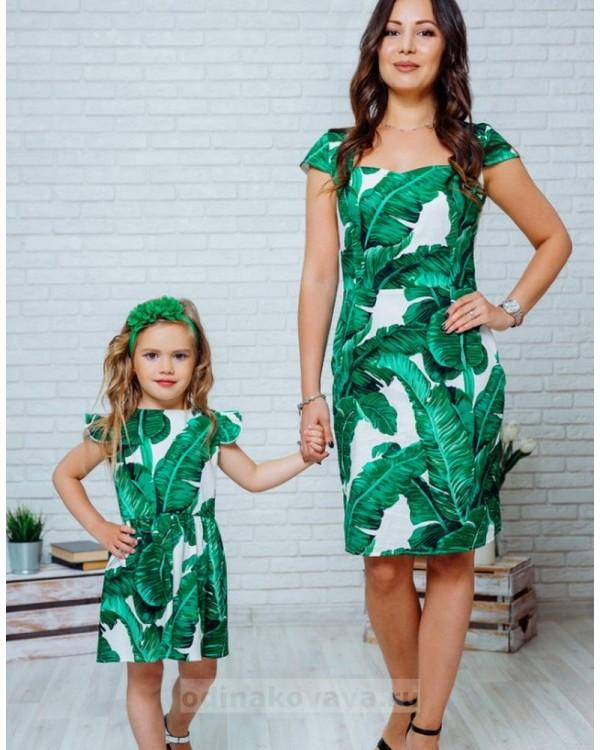 Комплект летних платьев в стиле Family Look для мамы и дочки Марсель М-2132 зеленый