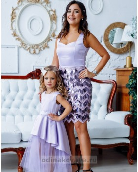 Комплект вечерних платьев в стиле Family Look Диана М-2143 сиреневый
