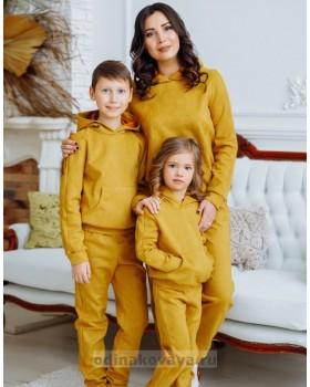 Комплект спортивных костюмов для мамы и дочки Люкс М-2160 горчица