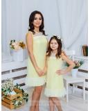 Комплект платьев Family Look для мамы и дочки Суфле М-2060 цвет желтый