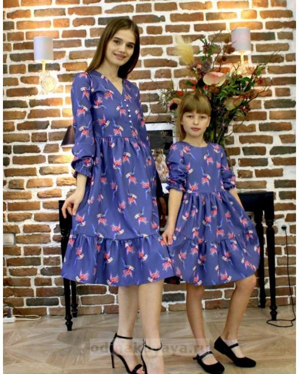 Одинаковые платья для мамы и дочки, КМ2190 фиолетовый принт птицы